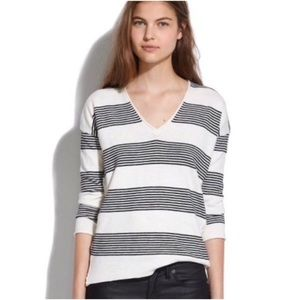 Madewell cotton v-neck top ♥️